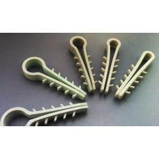 Дюбель-ялинка (зажим) для КРУГЛОГО кабеля/провода D до 4, 6, або 8 мм, 100шт.