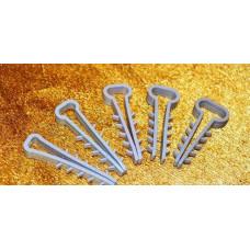Дюбель-ялинка (зажим) для ПЛОСКОГО кабеля/провода D до 6 або 8 мм, 100шт.